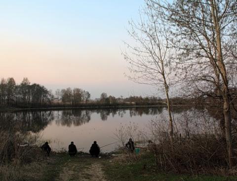 весенние рыбаки на карася